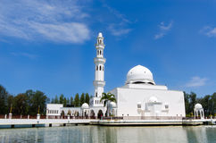 Tengku Tengah Zaharah meczet lub Spławowy meczet obrazy stock