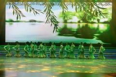 tenha uma excursão na dança mola-nacional foto de stock royalty free