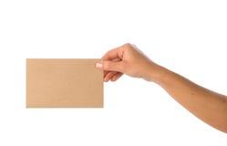 Tenir l'enveloppe Photographie stock libre de droits