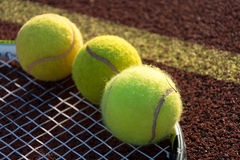 Tenis racket with balls. Equipment ready to play on the court Royalty Free Stock Photos