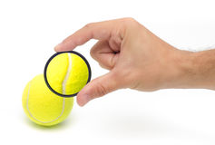 Tenisowa piłka makro- Zdjęcia Royalty Free