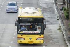 Tenminal del bus di 35 Bangkok (Talingchan) - tempio del figlio fotografia stock libera da diritti