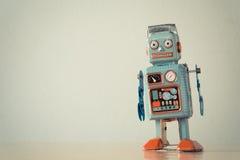 Tenn- leksakrobot för tappning Royaltyfri Bild