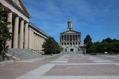 Tennessee Capitol och krigminnesmärkesalong royaltyfria bilder