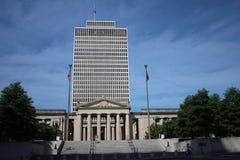 Tennessee Capitol och krigminnesmärkesalong arkivbilder