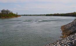 Tennessee River nära Pittsburg landning Arkivbilder