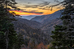 Tennessee scenisk solnedgång, stora rökiga berg arkivbilder
