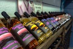 Tennessee wytwórnii win Dolinne butelki na pokazie Zdjęcia Stock