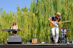 Tennis (band) performs outdoors for free at Parc Central del Poblenou Royalty Free Stock Images