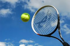 Tennis dans l'action photos stock
