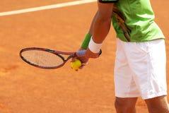 Tennis di servire Fotografie Stock Libere da Diritti