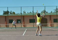 Tennis players near net Royalty Free Stock Photography