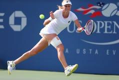 Tennis professionista Ekaterina Makarova durante in quarto luogo la partita del giro all'US Open 2014 fotografia stock