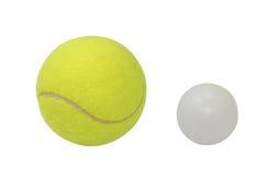 Tennis und Ping-pong getrennt worden mit Ausschnittspfad Lizenzfreies Stockbild