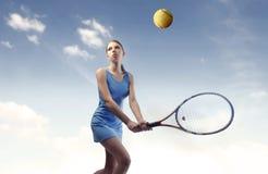 Tennisabgleichung Lizenzfreie Stockfotografie