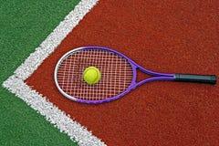 Tennisbälle u. Racket-4 Stockfoto