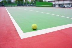 Tennisbal Royalty-vrije Stock Foto's