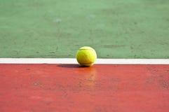 Tennisball stockbilder