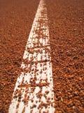 Tennisbanan fodrar med klumpa ihop sig (66) Arkivfoton
