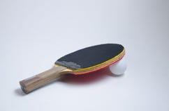 Tennispaddel und -Klingeln des Klingelns Pong Lizenzfreie Stockfotografie