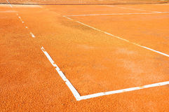 Tennisplatz mit Netz stockfoto