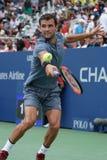 Tennisprofi Grigor Dimitrov von Bulgarien in der Aktion während seines Matches 2017 der US Open-zweiten Runde Lizenzfreie Stockfotos