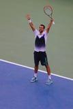 Tennisprofi Marin Cilic von Serbien feiert Sieg von US Open-Halbfinalspiel 2014 gegen Roger Federer Stockfotos