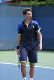 Tennisprofi Sergiy Stakhovsky während seiner Erstrunde verdoppelt Match an US Open 2013 Lizenzfreie Stockbilder