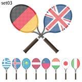 Tennisracket och flaggor Arkivfoto