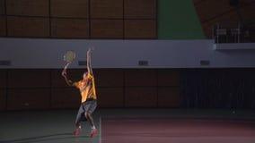 Tennisschüsse: Aufschlag (Zeitlupe)