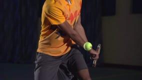 Tennisschüsse: Rückhandschlag (Zeitlupe, Makro) stock video footage