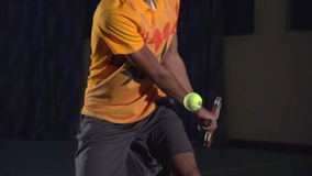 Tennisschoten: Backhand (langzame motie, macro)