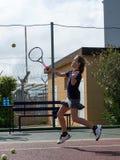 Tennisschule im Freien lizenzfreies stockbild