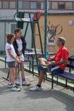 Tennisschule im Freien Stockfoto