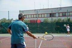 Tennisschule im Freien Lizenzfreies Stockfoto
