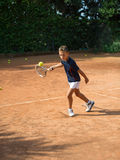 Tennisskola Royaltyfri Bild