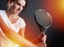 Tennisspieler mit Blitzen Lizenzfreie Stockfotografie