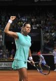 Tenniswoman in actie Stock Foto
