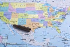 Tensão e engano entre os dois países e duas nações Imagens de Stock Royalty Free