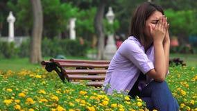Tensión y ansiedad adolescentes de la muchacha almacen de video