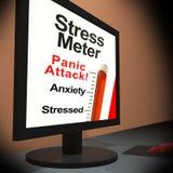 Tensiometro sul computer portatile che mostra attacco di panico Immagini Stock Libere da Diritti