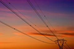 tension élevée de pylône Image stock