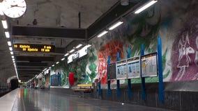 Tensta Σταθμός μετρό Τέχνη στον υπόγειο Στοκχόλμη Σουηδία απόθεμα βίντεο