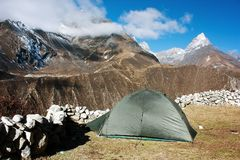 Tent in Himalayan mountains - trek to Everest base camp Stock Photo