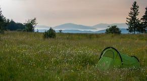 Tent i naturen Arkivfoton
