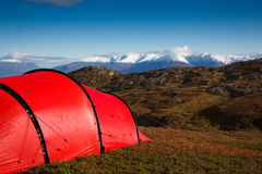 Tent in mountaineous terrain Royalty Free Stock Photos