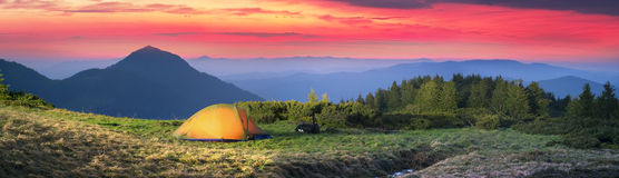 Tent in the mountains Royalty Free Stock Photos