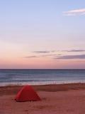 Tent op een strand Stock Foto