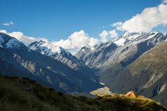 Tent overlooking glacial valley of Mt Aspiring National Park Royalty Free Stock Photos
