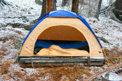 Tent in snow Royalty Free Stock Photography